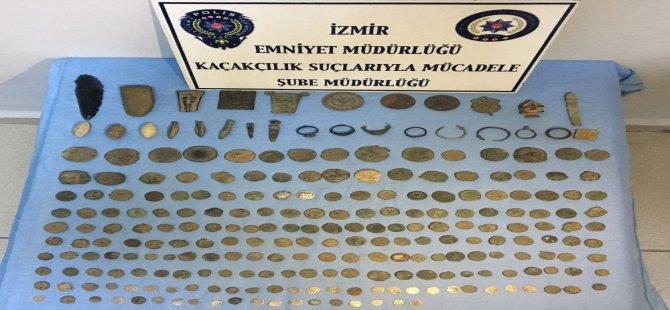 İzmir'de Mit Destekli Kaçakçılık Operasyonu: 10 Gözaltı