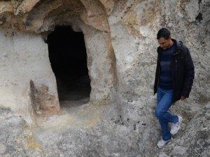 Roma Dönemi'nden Kalan Gizli Kilise Özellikleriyle Şaşırtıyor