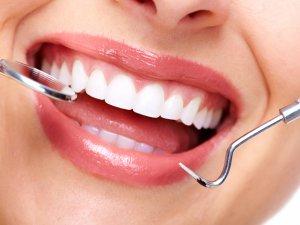 Kürdan Değil Diş İpi Kullanın!