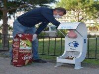 Aliağa Belediyesi, Kısıtlama Günlerinde Sevimli Dostların Yanında