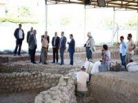 İzmir'de 8500 Yıl Öncesine Ait Tarihi Eserler Gün Yüzüne Çıktı
