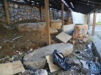 Milas'ta Tarihi Lahit Mezarın Kaderine Terk Edildiği İddiası