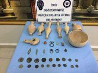 Tarihi Eser Kaçakçısı 37 Adet Eserle Yakalandı